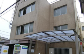 1R Apartment in Kanedencho - Suita-shi