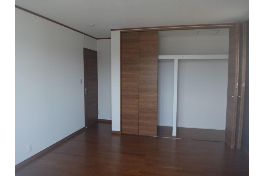 4LDK House to Buy in Inzai-shi Bedroom