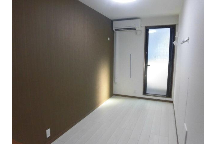 Whole Building Apartment to Buy in Ota-ku Living Room
