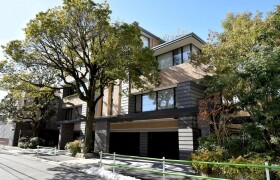 2SLDK Apartment in Motoazabu - Minato-ku
