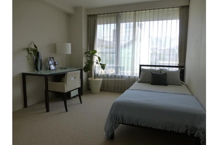 4LDK Apartment to Rent in Shinagawa-ku Interior