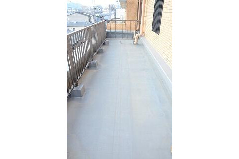 3LDK Apartment to Buy in Kyoto-shi Kamigyo-ku Balcony / Veranda