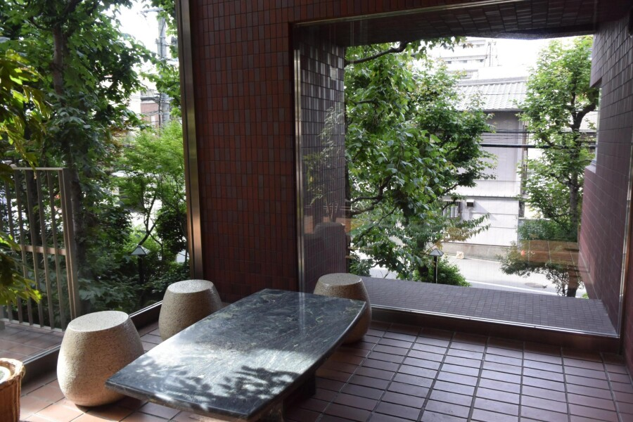 3DK Apartment to Rent in Osaka-shi Tennoji-ku Common Area