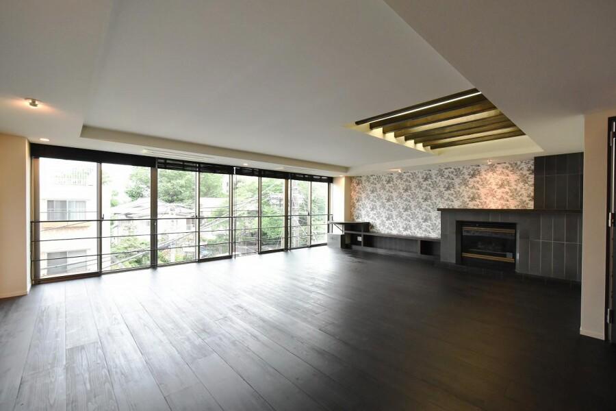 7LDK House to Buy in Shibuya-ku Bedroom