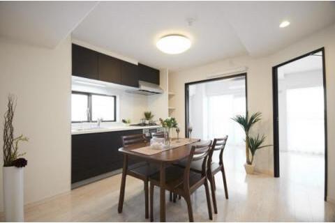 3DK Apartment to Buy in Yokohama-shi Kohoku-ku Interior