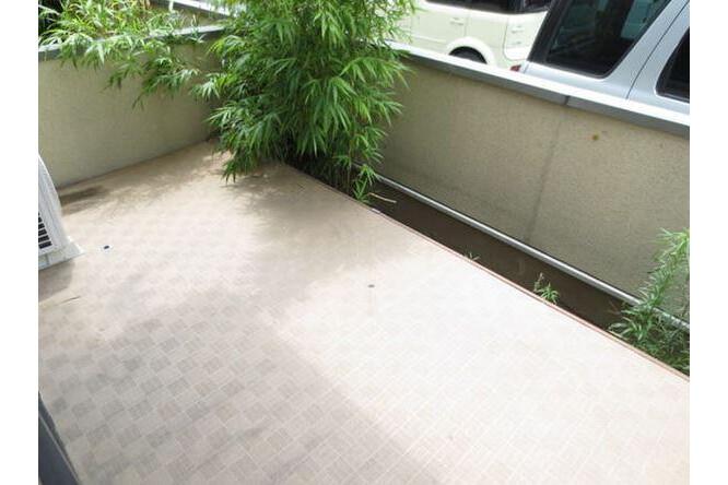 2LDK Terrace house to Rent in Nagoya-shi Higashi-ku Balcony / Veranda