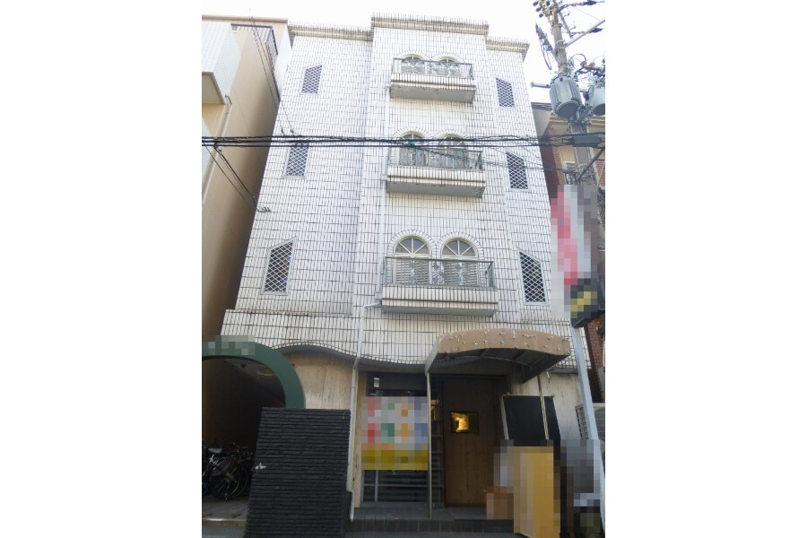 Whole Building Apartment to Buy in Osaka-shi Asahi-ku Exterior