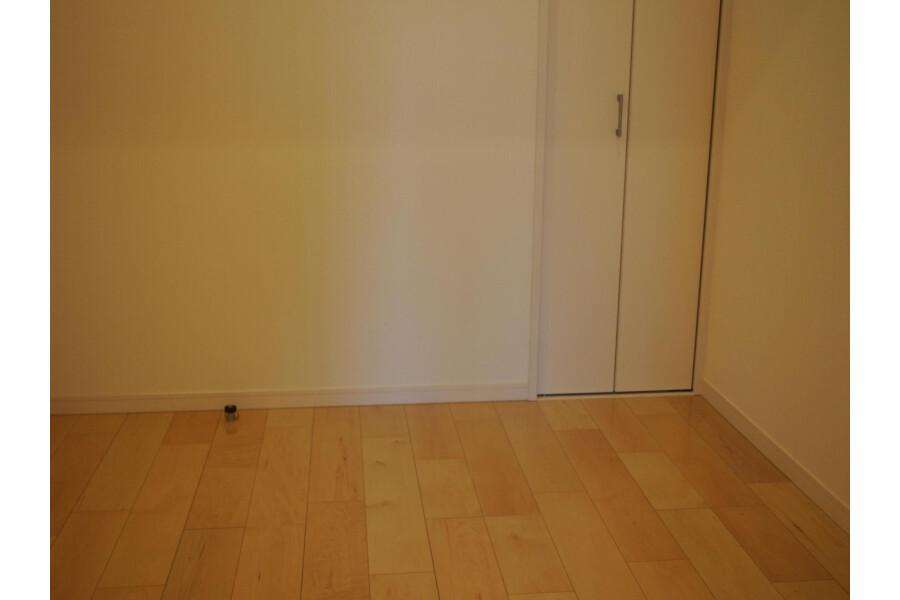 3LDK Apartment to Buy in Shinagawa-ku Bedroom