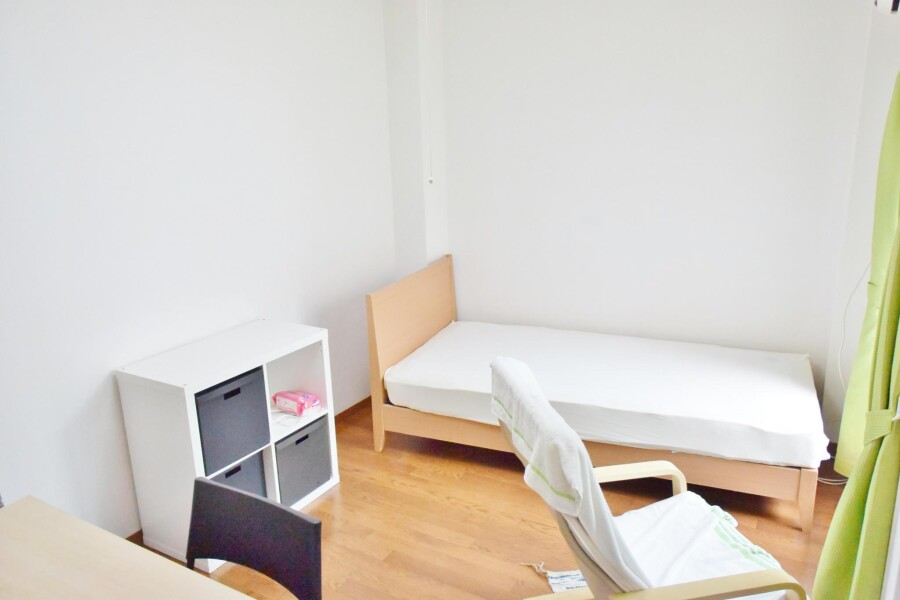 1R Apartment to Rent in Osaka-shi Higashisumiyoshi-ku Bedroom