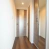 1DK Apartment to Buy in Shinjuku-ku Interior