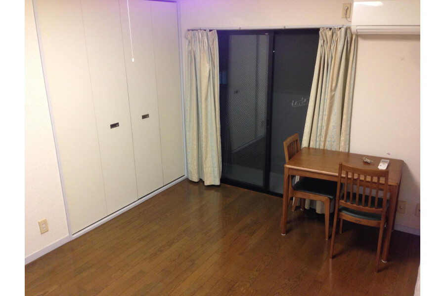 1K Apartment to Rent in Kawasaki-shi Asao-ku Interior
