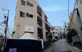 1R Apartment in Hiroo - Shibuya-ku