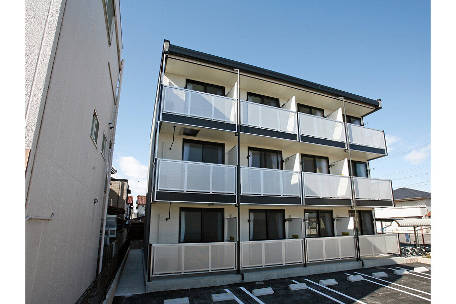 1K Apartment to Rent in Nagoya-shi Moriyama-ku Exterior
