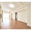 1LDK Apartment to Rent in Shinjuku-ku Living Room
