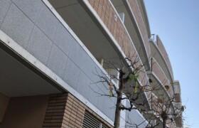 3LDK {building type} in Honkomagome - Bunkyo-ku