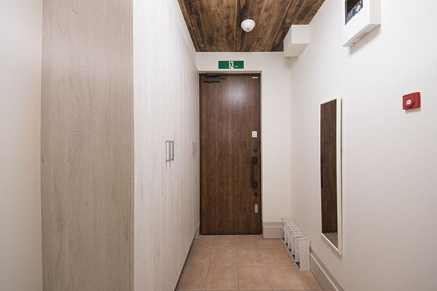 Private Guesthouse to Rent in Nakano-ku Entrance