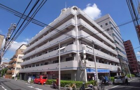 3LDK Apartment in Higashiyama - Meguro-ku