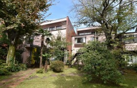 4LDK Terrace house in Minamisenzoku - Ota-ku