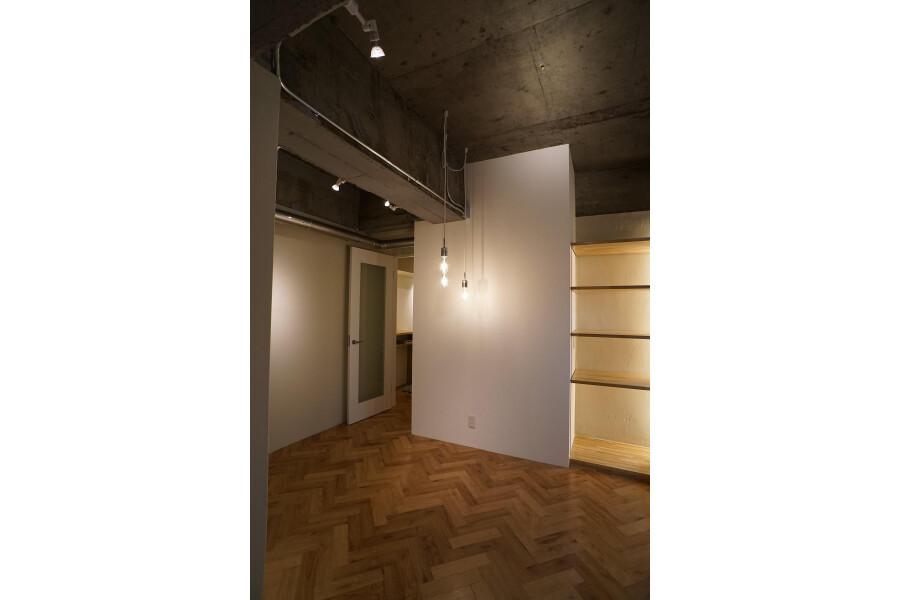 1LDK Apartment to Buy in Sapporo-shi Chuo-ku Living Room