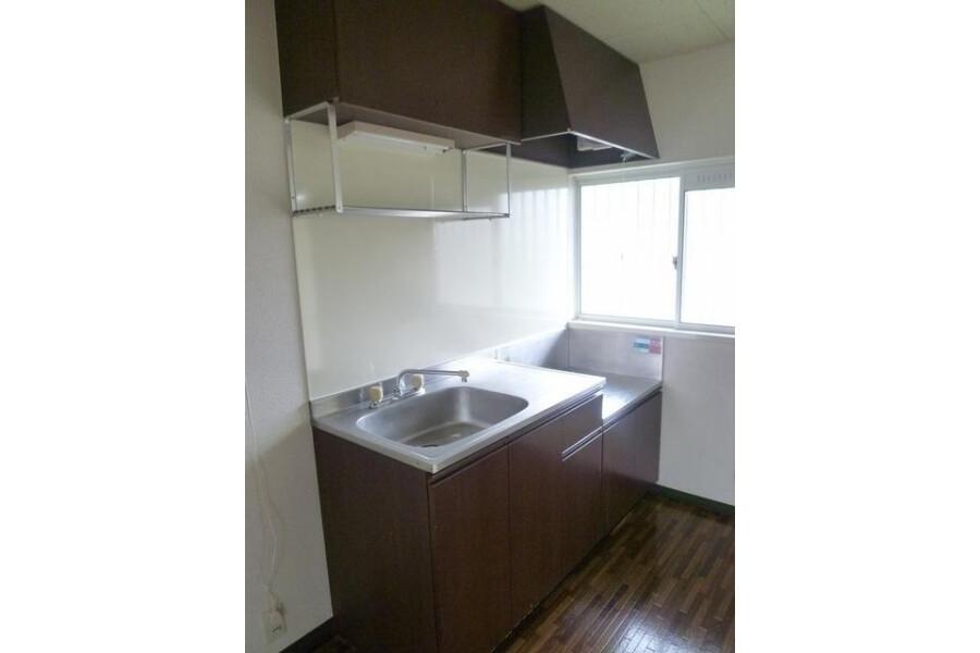 2DK Apartment to Rent in Kawasaki-shi Asao-ku Kitchen