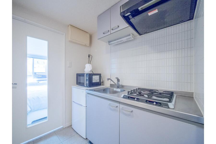1K Apartment to Rent in Shinagawa-ku Kitchen