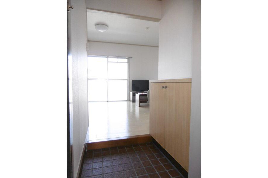 1R Apartment to Rent in Nagoya-shi Higashi-ku Entrance
