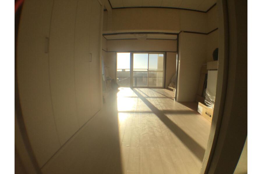 1DK Apartment to Rent in Yokohama-shi Nishi-ku Living Room