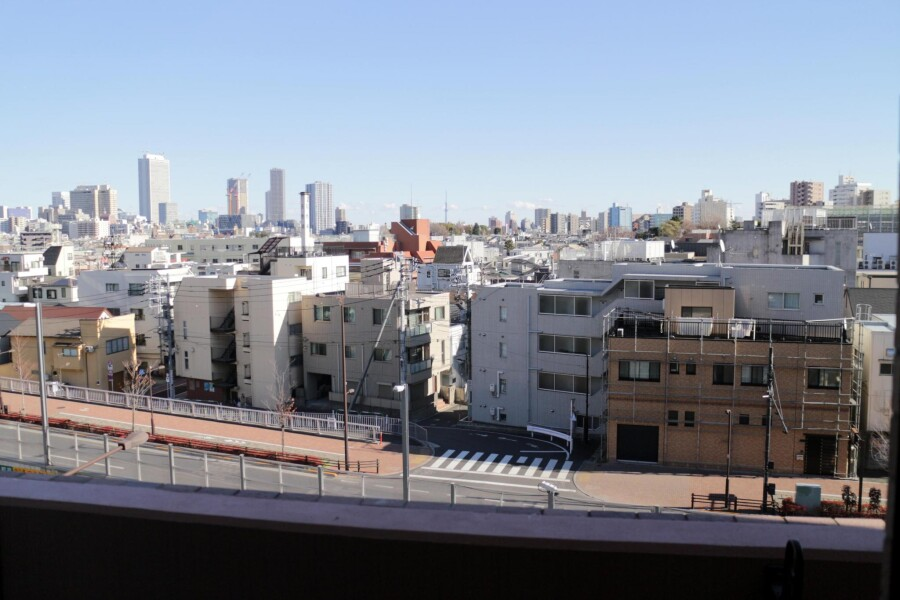 1K Apartment to Rent in Toshima-ku Outlook