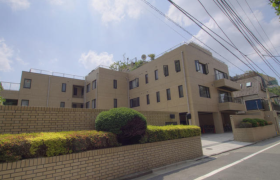 3LDK Mansion in Daikyocho - Shinjuku-ku