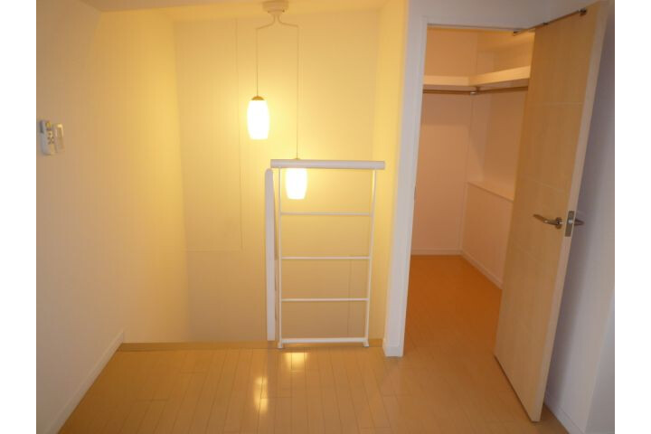 1LDK Apartment to Rent in Chiyoda-ku Interior
