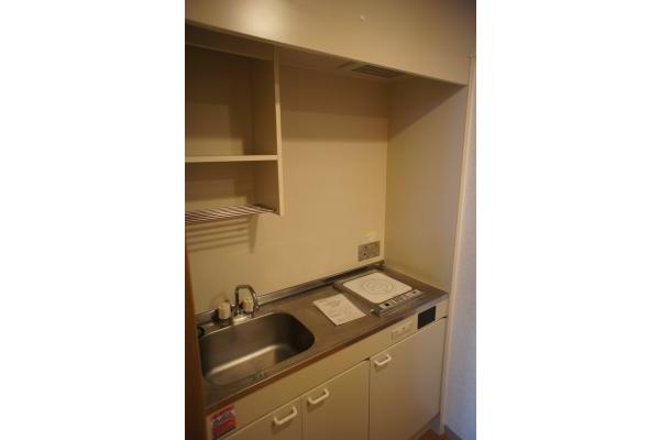 1K Apartment to Rent in Chiyoda-ku Interior