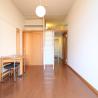 1K Apartment to Rent in Hirakata-shi Living Room