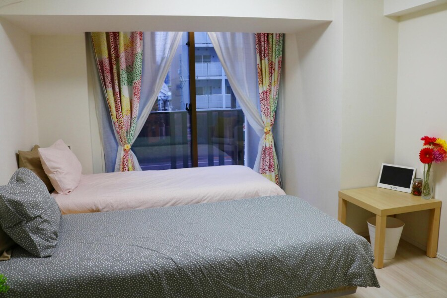 1K Apartment to Rent in Shinjuku-ku Bedroom
