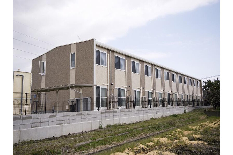 2DK Apartment to Rent in Omihachiman-shi Exterior