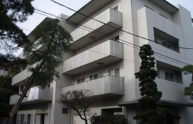 3LDK Mansion in Yoga - Setagaya-ku