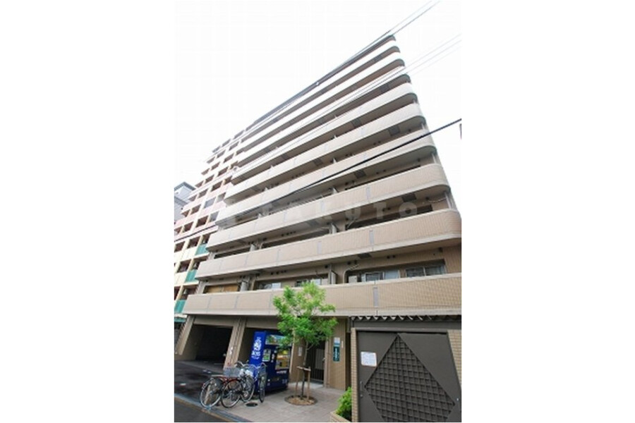 2LDK Apartment to Buy in Osaka-shi Naniwa-ku Exterior