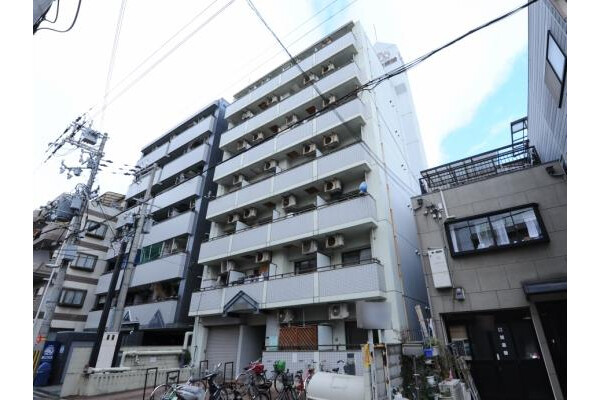 1K Apartment to Buy in Osaka-shi Nishiyodogawa-ku Interior