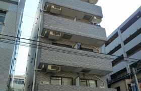 1K Mansion in Suidocho - Shinjuku-ku