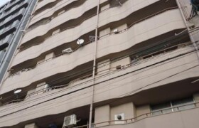 2LDK Apartment in Jusohommachi - Osaka-shi Yodogawa-ku