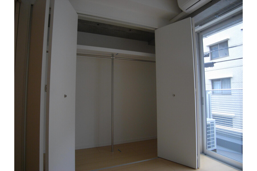 1LDK Apartment to Rent in Setagaya-ku Outside Space