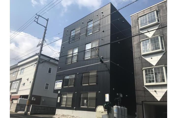 Whole Building Apartment to Buy in Sapporo-shi Shiroishi-ku Exterior