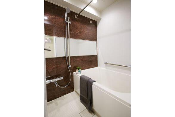 4LDK Apartment to Buy in Koto-ku Bathroom