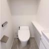 4LDK Apartment to Rent in Minato-ku Toilet