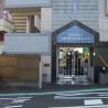 在橫濱市神奈川區內租賃1K 公寓大廈 的房產 Building Entrance