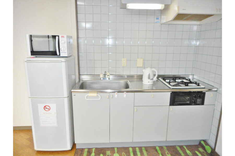 1R Apartment to Rent in Osaka-shi Abeno-ku Kitchen