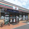 1K Apartment to Rent in Funabashi-shi Convenience Store