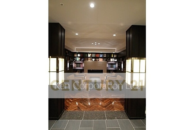 2LDK Apartment to Rent in Shibuya-ku Lobby