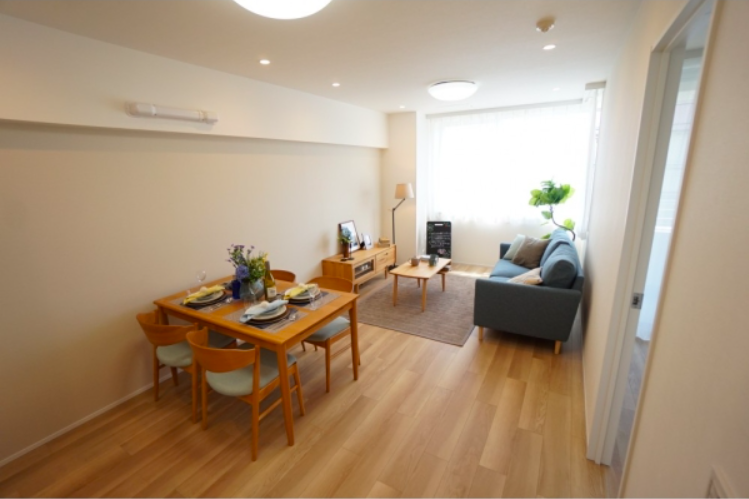 3LDK Apartment to Buy in Suginami-ku Living Room