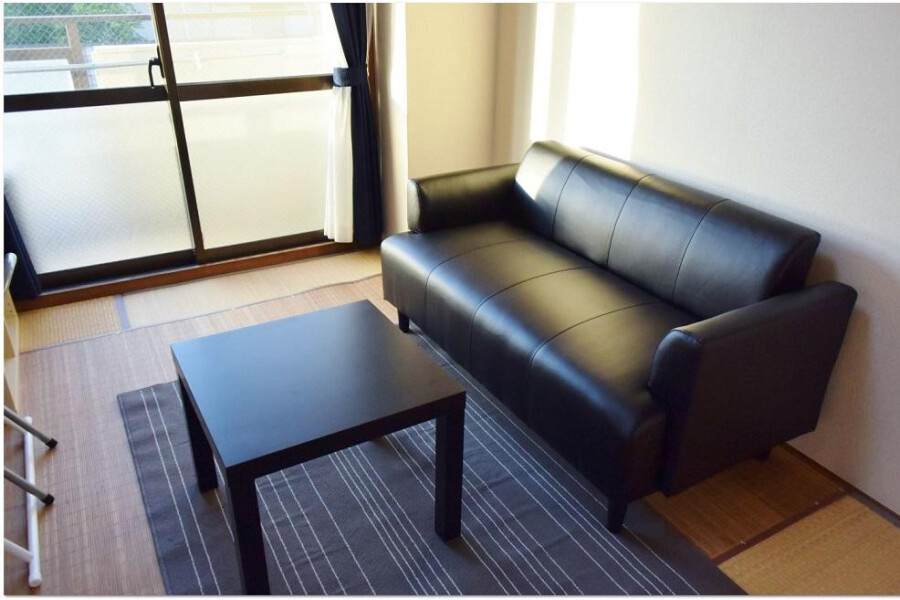 2DK Apartment to Rent in Osaka-shi Sumiyoshi-ku Living Room