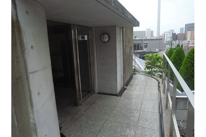 2K Apartment to Rent in Shibuya-ku Exterior